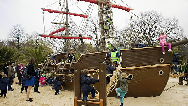 Children's Chances for Outside Plays in Greenwich, London