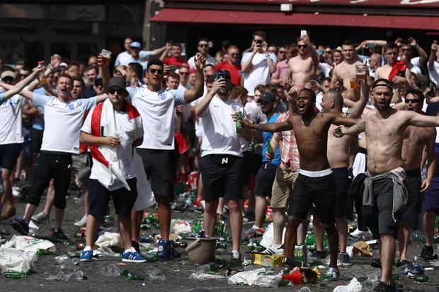 A Sociological Subculture Study- Football Fanatics